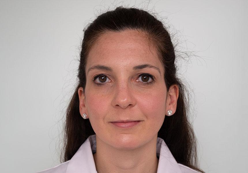 Dra. Camila Benito